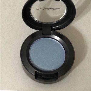 MAC Eye Shadow ~ Tilt